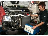 車検では通常車検、価格的にリーズナブルなお手軽車検、お客様のご要望に対応いたします。