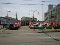 松本本店、知花十字路を嘉手納向け、ファミリーマー隣になります。