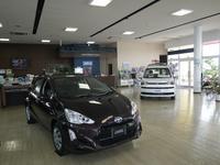 U-Carだけでなく新車の販売ももちろんOK!!最新モデルも展示されてます♪