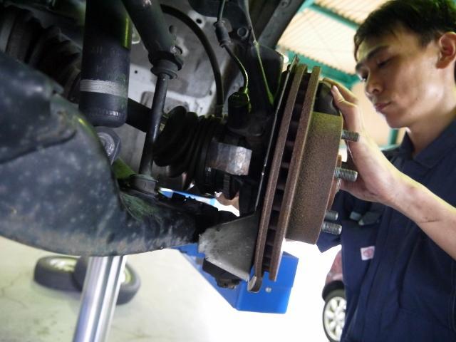 国家資格整備士がお客様の愛車を全力でサポート致します。