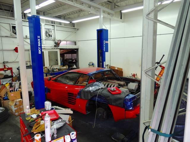 フェラーリなどの修理も承っております。当社の技術力にご期待をいただいております。
