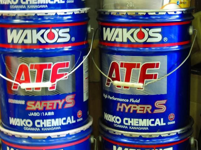 エンジンオイルから、ATFオイルなど、各種取り扱っております。