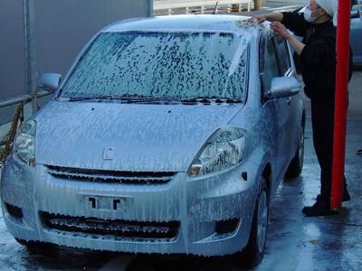 丁寧『手洗い洗車』実施中!