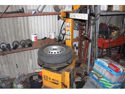 タイヤの組み替えも安心です!