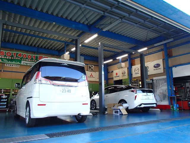 腕利きの整備スタッフが毎日多くの車の車検整備・メンテナンスを行っています!