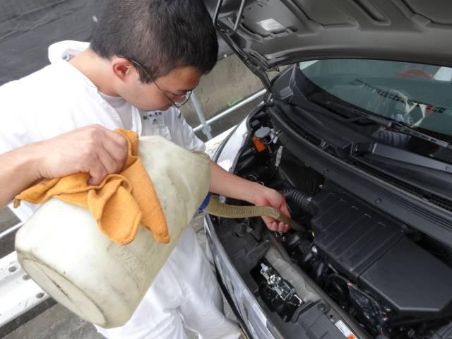 整備も日本車・輸入車承っております。
