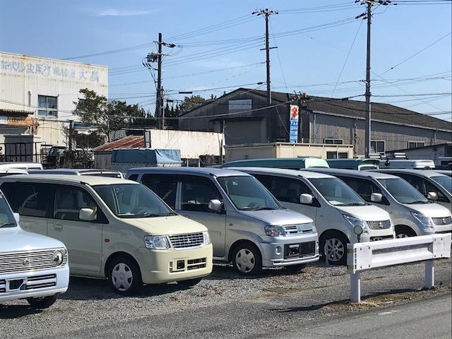 特選中古車勢揃い、お車の販売から買取までお任せ下さい