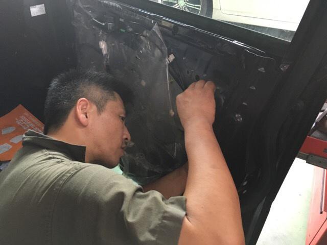 経験豊富な整備士がキッチリ整備をいたします