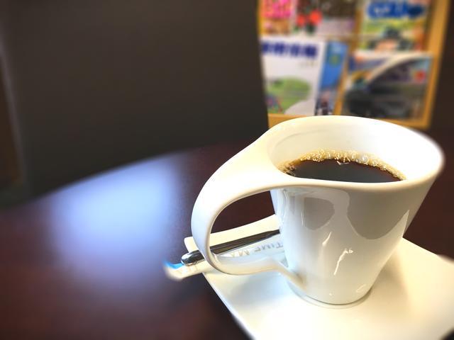 お待ちいただく際はコーヒーをお出ししております!
