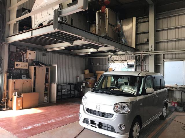 イワオ自動車工業 鈑金ピット