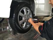 タイヤ・ホイール取付、組み換えも受け付けております!