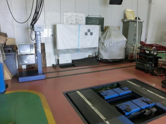エーミング対応店ですのでレーダーやセンサー搭載のお車を修理可能です!