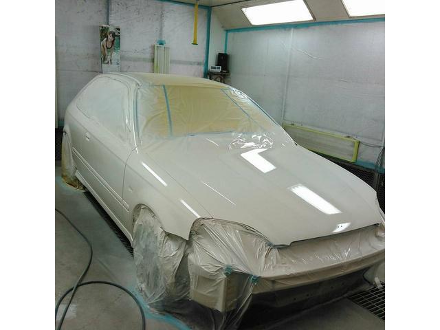 鈑金塗装から車検、修理、持ち込み取り付けまでお任せ下さい!!