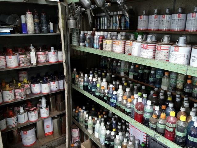 塗料も多数取り揃えておりますので、豊富な色を作れます!