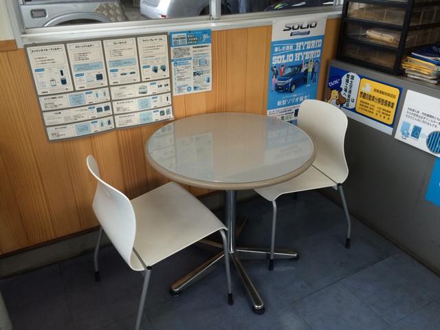 落ち着いた雰囲気の商談室です!