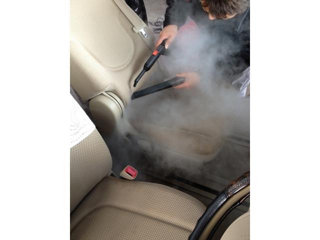 車内がキレイだと気持ちがいい!安い・早い・丁寧 あなたのお車をお掃除致します!