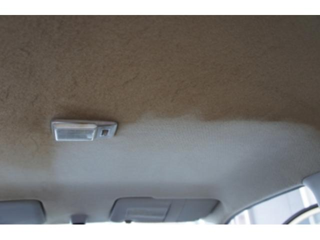 天井の汚れ、ヤニ汚れもキレイに仕上げます。