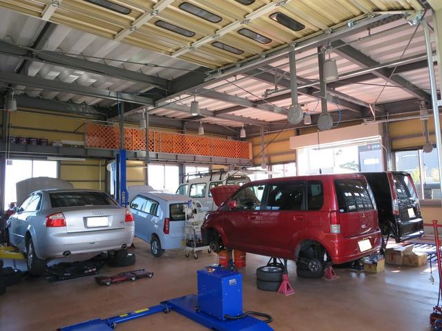 国産車はもちろん、輸入車の車検や整備、修理、鈑金塗装もご相談下さい。