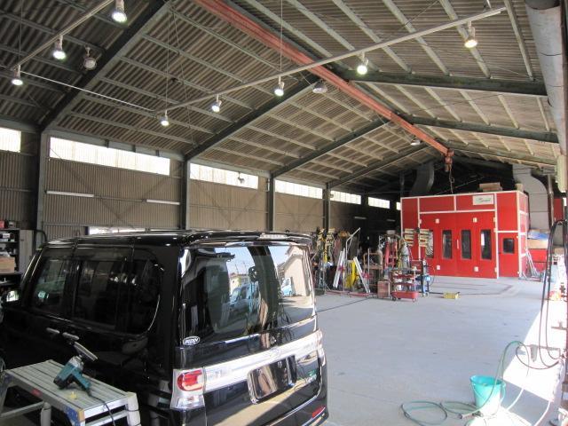 自動車板金塗装 ・車検整備 ・ポリマー加工