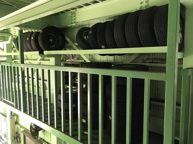 タイヤ保管も承ります!詳細に関してはスタッフまでお気軽にお問い合わせ下さい!