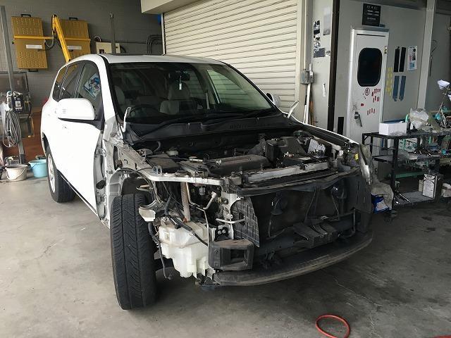 大きな事故の修理もお任せ下さい。