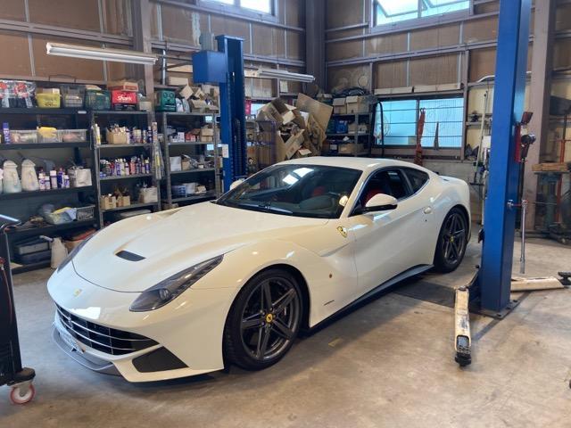 輸入車の整備.修理なら専門店にお任せください。