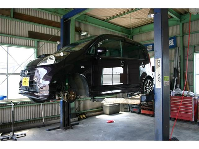 メーカー問わず、軽自動車から外車まで、沢山のお車を車検・点検・鈑金・修理させて頂いております。