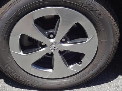 タイヤ購入の方、年間4千円で保管サービス