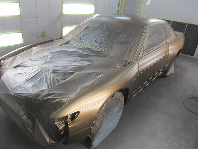 パーツ単体での加工・塗装はもちろん、自社ブース完備でオールペイントまでOKです!