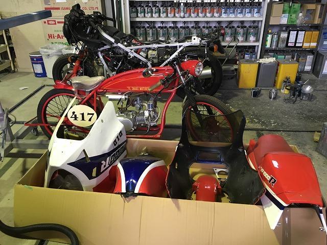 二輪車(バイク)も可能です。お近くの方は乗り物全て当社で整備・・・という方もいらっしゃいます!