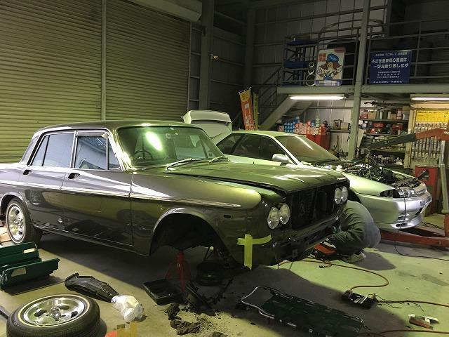 旧車やカスタムカーなど、他店ではお断りされてしまった整備・修理はパーフェクトオートにご相談を!