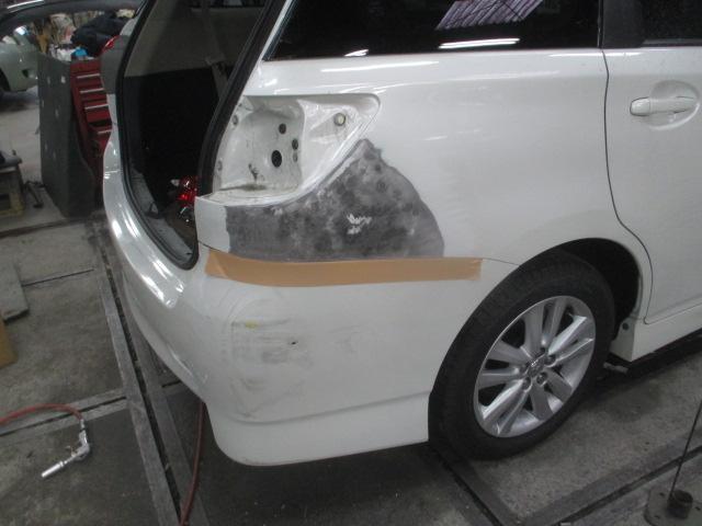 鈑金塗装に強いお店ですが、新車&中古車販売も行っております。パーツも物によっては取付致します。