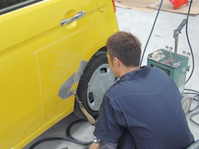 熟練の技術で、しっかりと修理します!