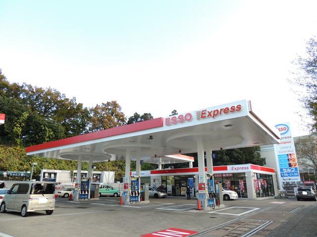 緑園都市にあるガソリンスタンドで、国の認可を受けた認証工場です!