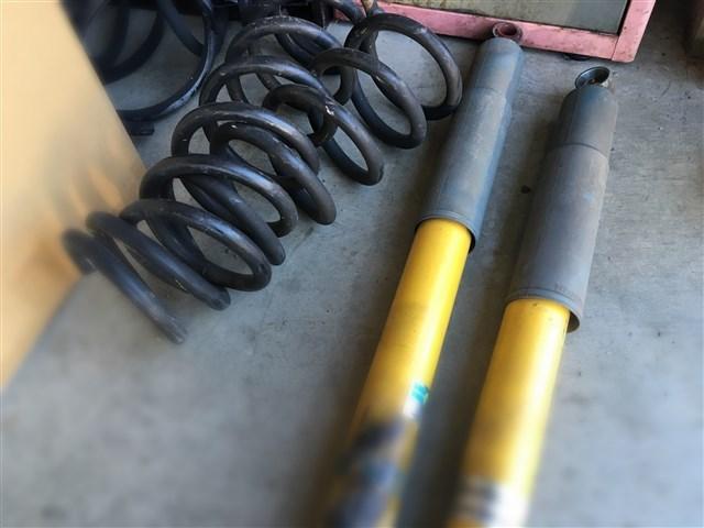 各種パーツの修理・整備から取り付けもお任せ下さい