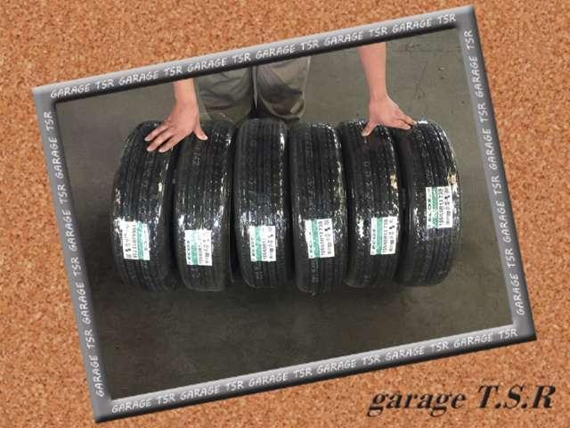 新品タイヤの販売もさていただております。もちろんスタッドレスでもお任せください!