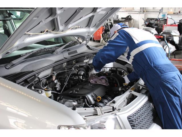 車検以外でも一般修理のお客様も大歓迎です。お気軽にお越しください。