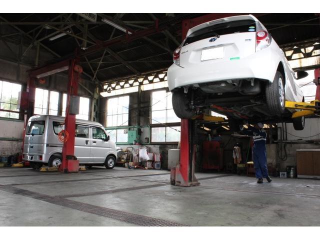 民間車検場ですので、当店で車検を完結させる事が可能ですので、1日車検にも対応しております。