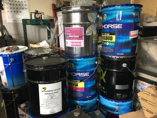 エンジンオイル  ミッションオイル 燃料添加剤各種取り扱いしています