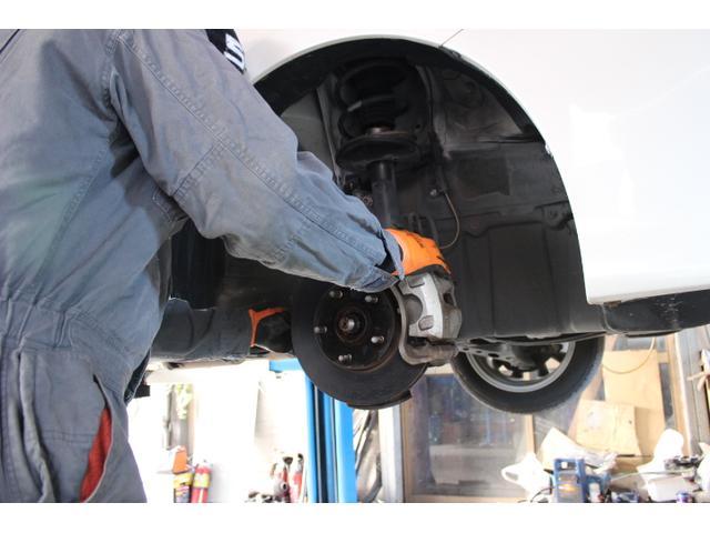軽整備やメンテナンスはもちろん、載せ替えなどの重整備もご相談下さい。