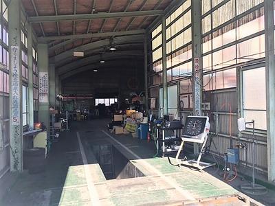 安心の民間車検工場