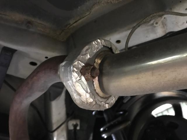 排気 漏れ マフラー 社外マフラーにすると低速トルクが無くなる理由