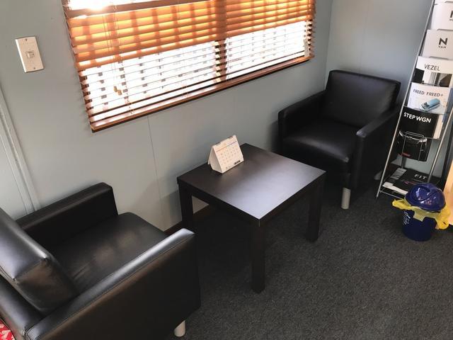 こちらは商談スペース&待合スペースです!