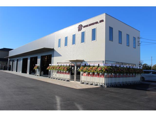 ピカピカの新工場になります。皆さんのご来店お待ち申し上げます!ご希望のお客様には車内除菌致します!!