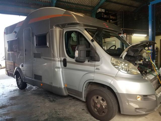 輸入キャンピングカーの修理可能です。