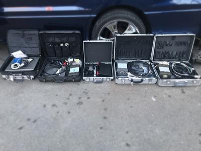 各メーカー対応の診断機を完備