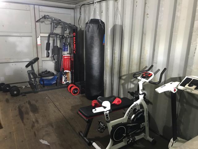 ナッツオートモービル トレーニングルーム