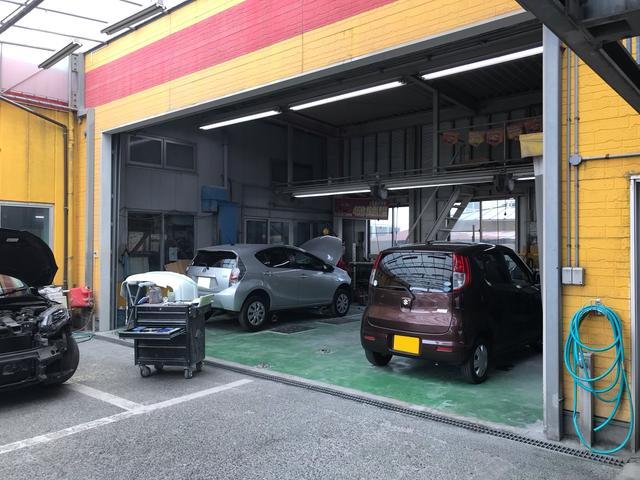 太陽自動車工業 自社板金工場