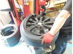 タイヤフロッグはタイヤ持込取付の専門店です!!