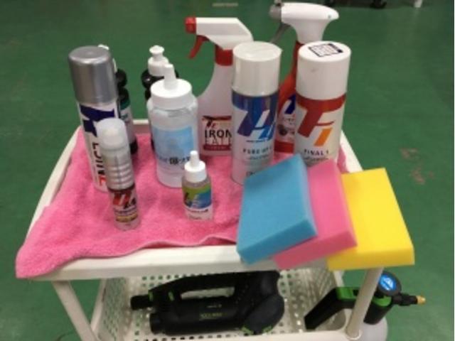 道具やケミカル類もキッチリと厳選されたものを使用しております。